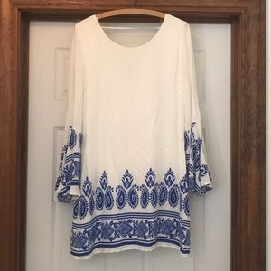Size L White & Blue Bell Sleeve Boutique Dress